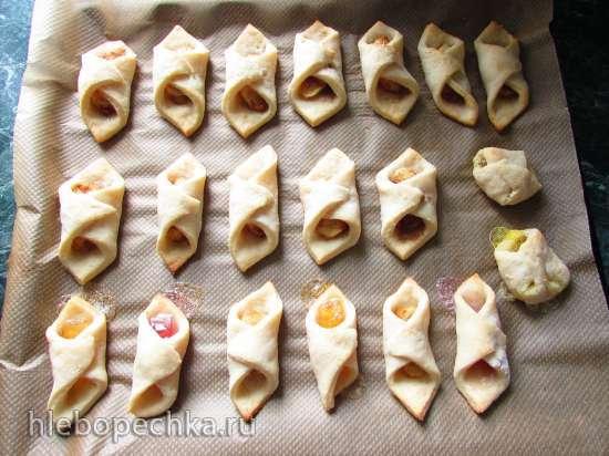 Творожное печенье - платочки без масла и яиц с яблоком и мармеладом