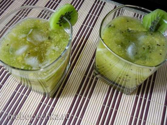 Напиток из киви и яблока