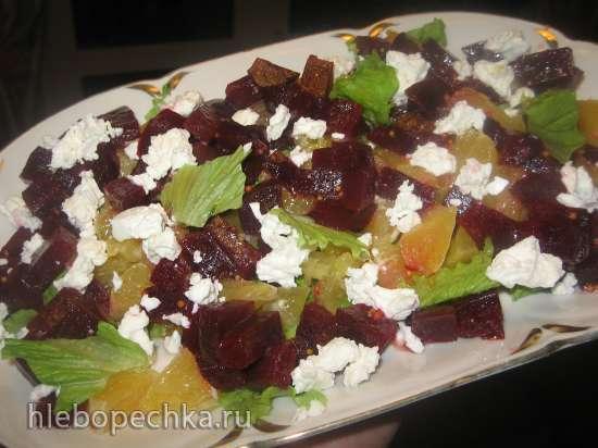 Салат с сыром фета, свеклой и апельсином