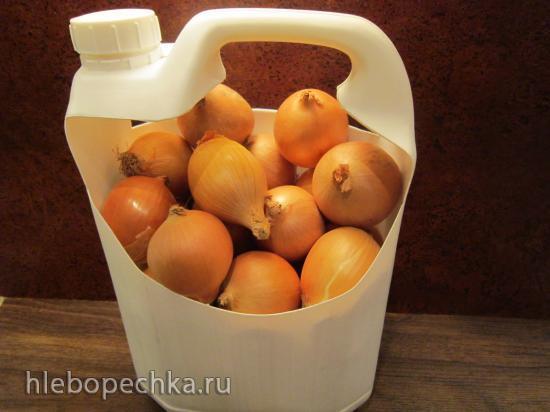 Корзинка для продуктов и других бытовых нужд из пластиковой канистры