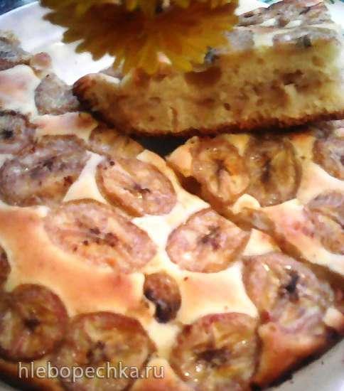 Простой и быстрый бананово-яблочный пирог