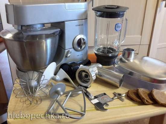 Продам кухонную машину  Kenwood Chef KMC57008