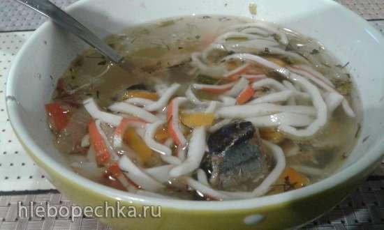 Суп из рыбных консервов с крабовой лапшой