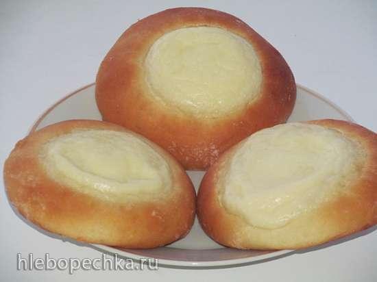Булочки-сметанники или ватрушки со сметанным кремом