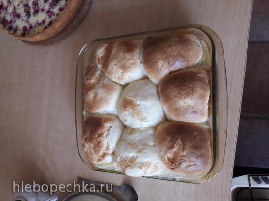 Булочки Buchteln (Бухтель) с заливкой из сливок