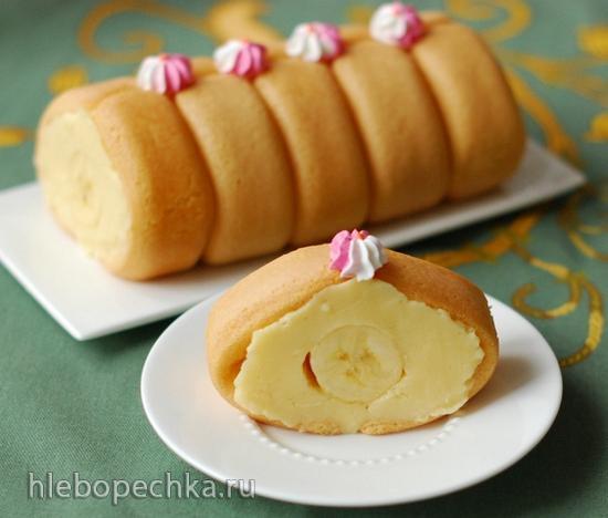 Бисквитный рулет Савоярди с начинкой из пудинга и банана