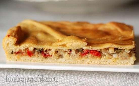 Галисийский пирог с треской и изюмом