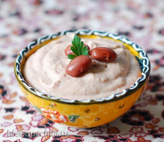 """""""Хумус"""" из красной фасоли"""