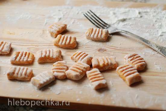 Тыквенные ньокки с мятно-апельсиновым песто
