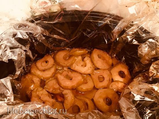 Утиная грудка под яблочным одеялом в медленноварке Кенвуд