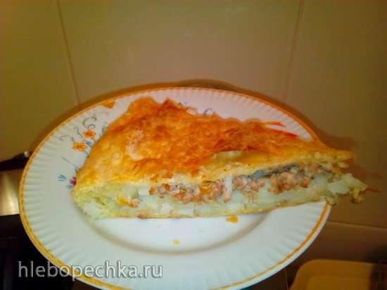Пирог из слоеного теста с картофелем и курицей (пиццамейкер Princess 115000)