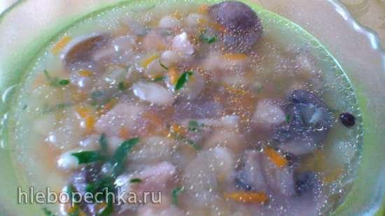 Суп грибной с фасолью в медленноварке