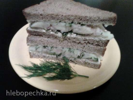 Сендвич с селедкой по- русски.