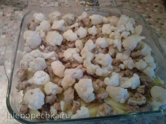Картофельная запеканка с мясом и цветной капустой.