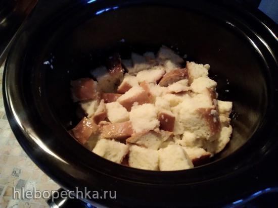 Хлебный пудинг с ягодами в медленноварке Китфорт 205