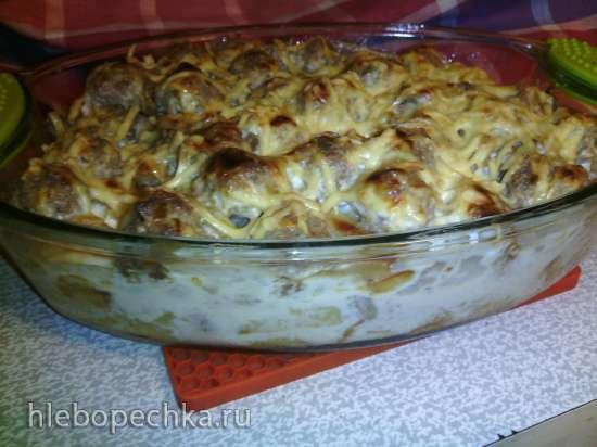 Картофельно-капустная запеканка с фрикадельками (Kartoffel-Sauerkraut-Auflauf mit Frikadellen)