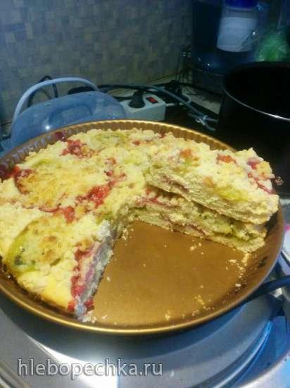 Пирог с киви и клубникой
