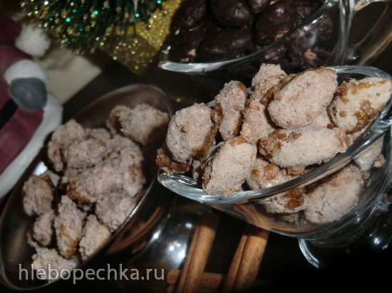 Weihnachts gebrannte Mandeln. Жареный миндаль с ароматом рождества.