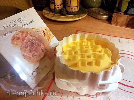 Обзор формы для пирожков с узором Tescoma Delicia