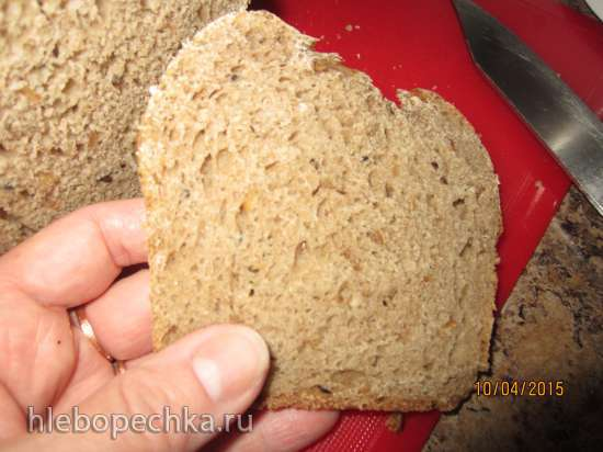 Батон заквасочный орехово-зерновой на картофельном тесте с семенами