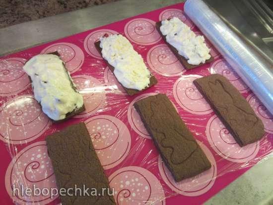 Мороженое-сэндвич из амарантовой муки с домашним мороженым
