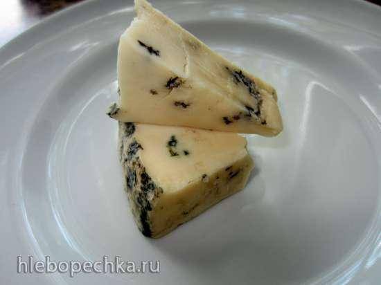 Клубника, фаршированная голубым сыром