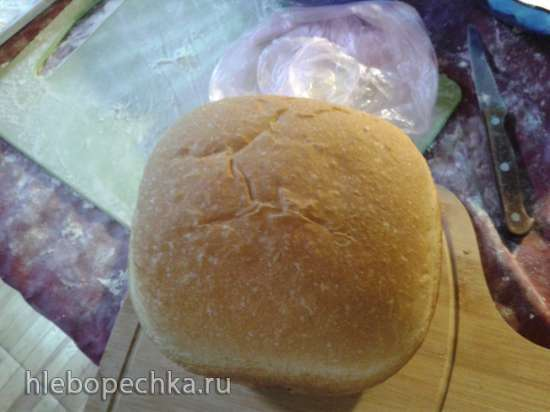 Хлебопечка HB-1001CJ