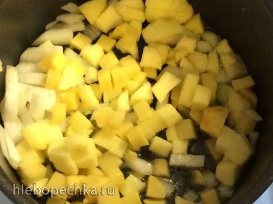 Холодный суп с карамельными яблоками