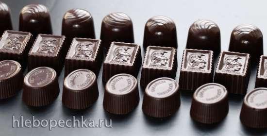 Шоколадные конфеты с начинкой из карамели с апельсином и бальзамическим уксусом