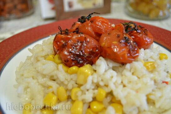 Каша-гарнир рисовый с кукурузой и карамелизованными томатами