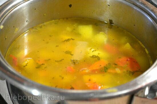 Щи зимние с тыквой и капустой кале (в кастрюле с толстым дном, без воды)