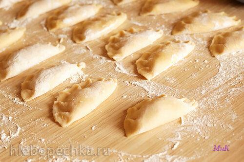 Тесто на пельмени, вареники, манты от А. Г. Дышкант