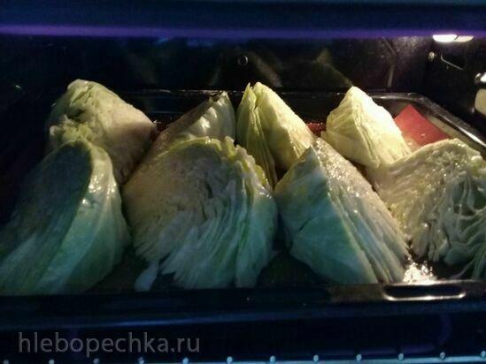 Молодая капуста с горчичным соусом, запеченная в духовке