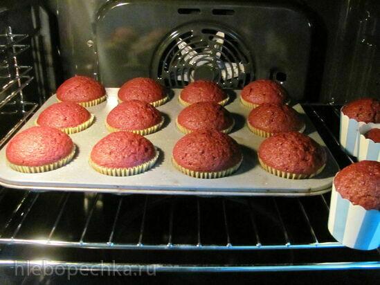 Кексы Красный бархат с льняным яйцом (постные)