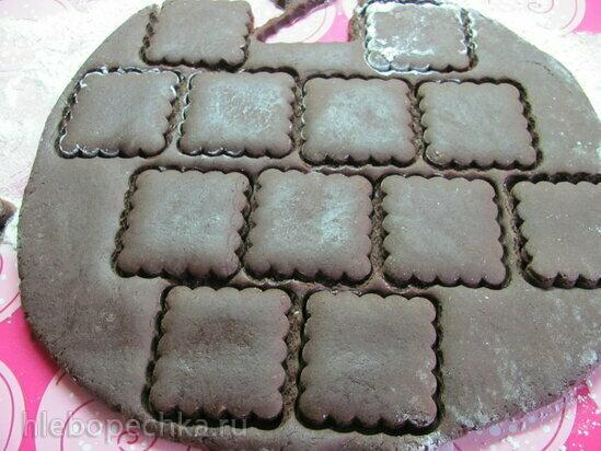 Пряники постные шоколадно-медовые в сахарной глазури с аммонием