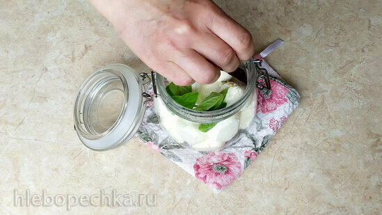 Крем-сыр по-арабски. Лабне простой и маринованный (+видео)