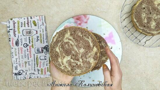 Торт с грушей, чизкейком и сыром «Дор Блю» (+видео)