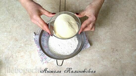 Коричный пирог с ревенем и полентой (+видео)