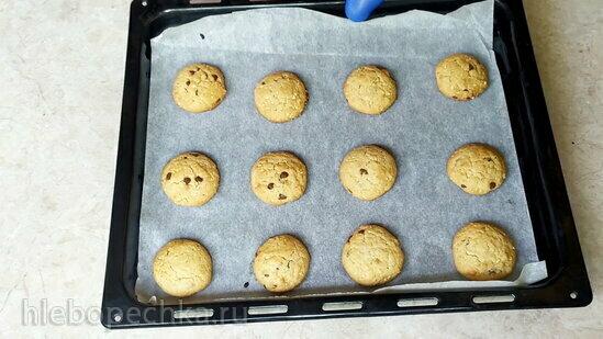 Арахисовое печенье с шоколадом (+видео)
