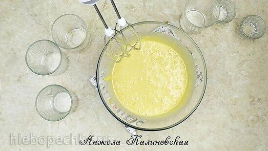 Пирожные из тыквенного пирога со сливочно-медовым кремом (+видео)
