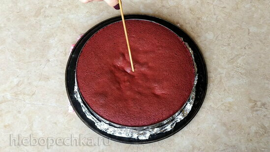 Чизкейк «Малина-кокос» на красном бархате (+видео)