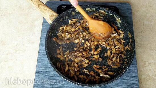 Постный рулет из лаваша с картофелем и грибами (+видео)