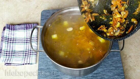 Постный суп с фасолью и грибами (+видео)