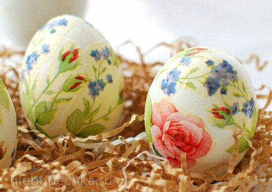 Украшение пасхальных яиц салфетками