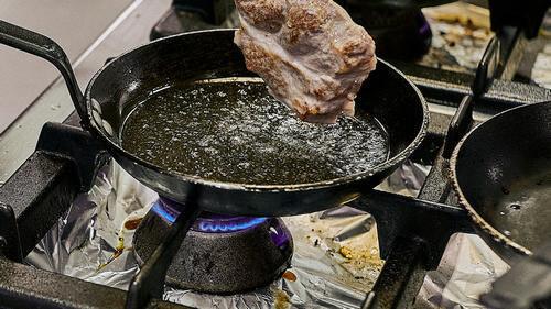 Защита ручек варочной панели от брызг масла при жарке