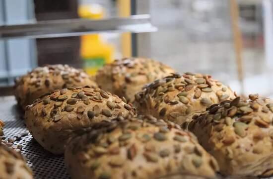 Разработан рецепт, сочетающий муку из нута и псиллиум для безглютенового хлеба