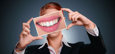 Зубы без нервов или имплантанты?
